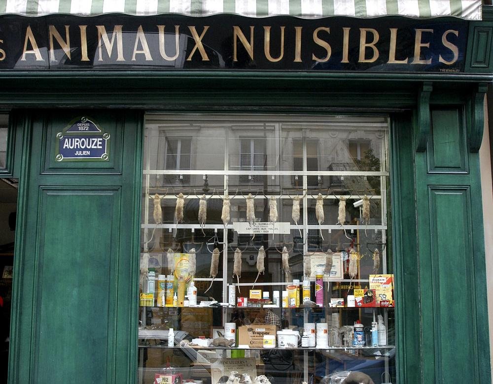 traditional shop to fight against pests in Paris